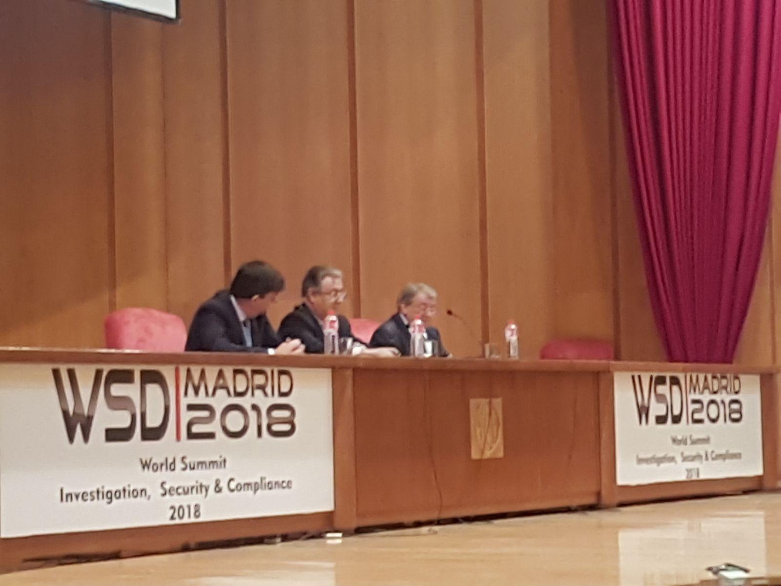 <p>El WSD2018 se ha celebrado en el Gran Anfiteatro Ramón y Cajal, de la Facultad de Medicina de la Universidad Complutense de Madrid, en la Ciudad Universitaria de Madrid. El acto de inauguración contó con la presencia del Ministro del Interior Juan Ignacio Zoido y los Directores Generales de la […]</p>